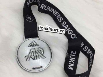 Top 5 huy chương của Tonkin Art đồng hành cùng các giải chạy khắp Việt Nam